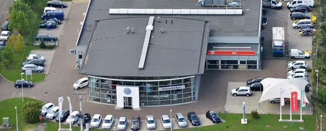 Biztonságos vezetés Volkswagen-nel!