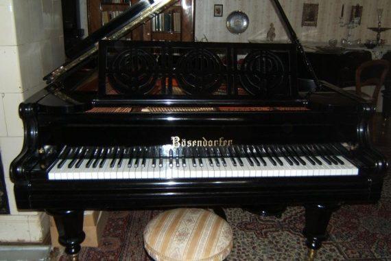A régi zongorák különlegessége