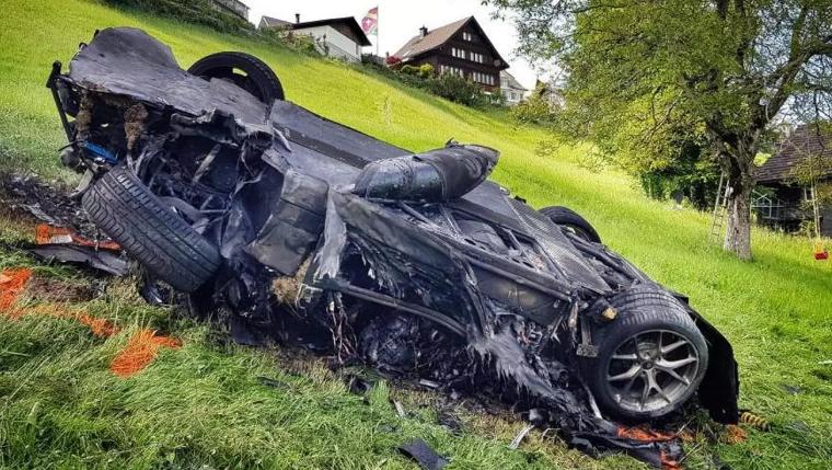 A tönkrement autó