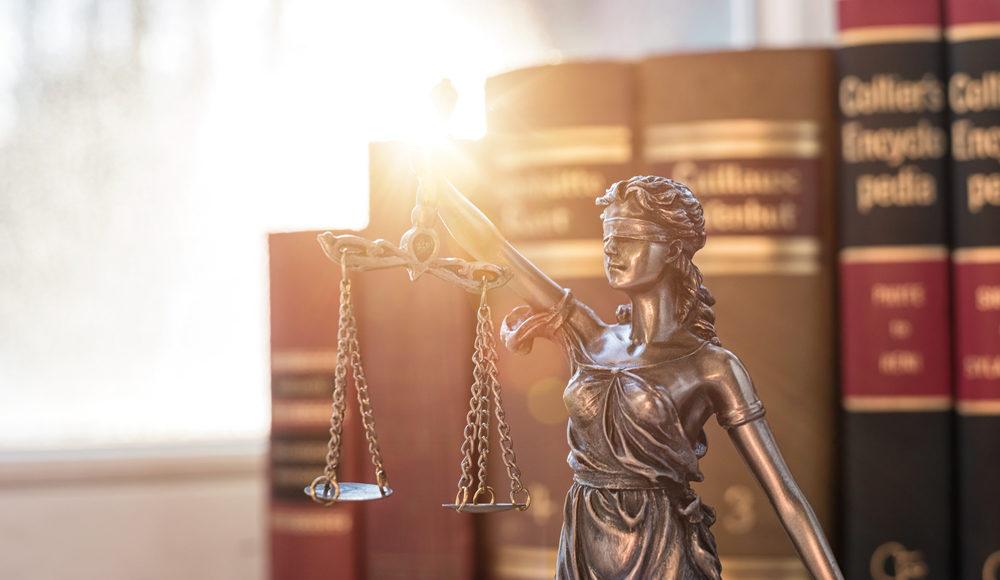 Korrekt biztosítási ügyvédet keres?