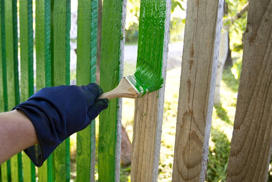 Gondoskodjon a tavaszi karbantartásról kiváló kerítésfestékkel!