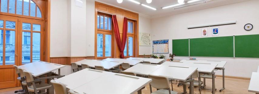 Milyen a megfelelő iskolabútor?
