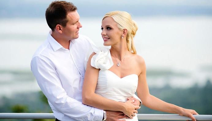 Profi esküvői fotóst keres?