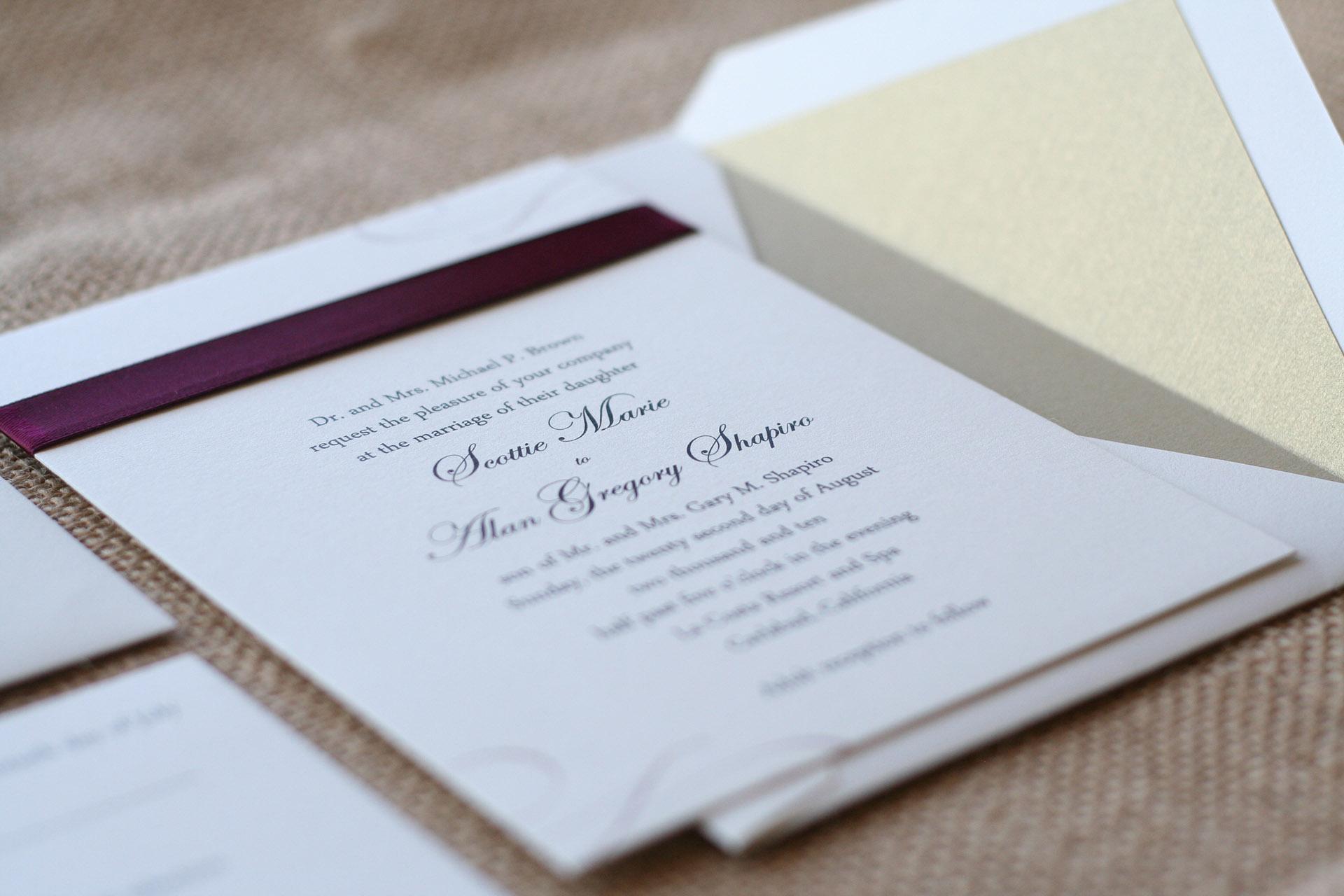 Bízzák kreatív szakemberekre az esküvői meghívó elkészítését!
