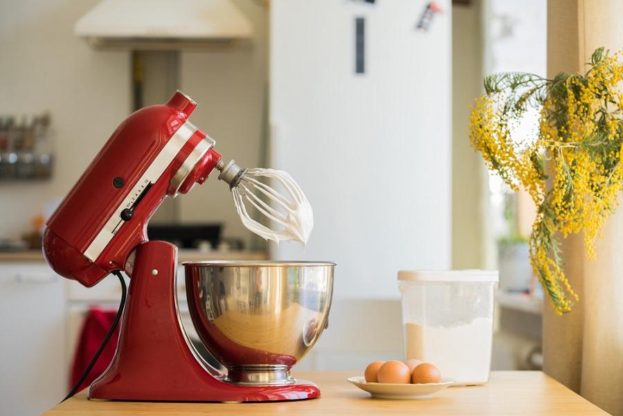 A kézi robotgép megkönnyíti a konyhai teendőket!