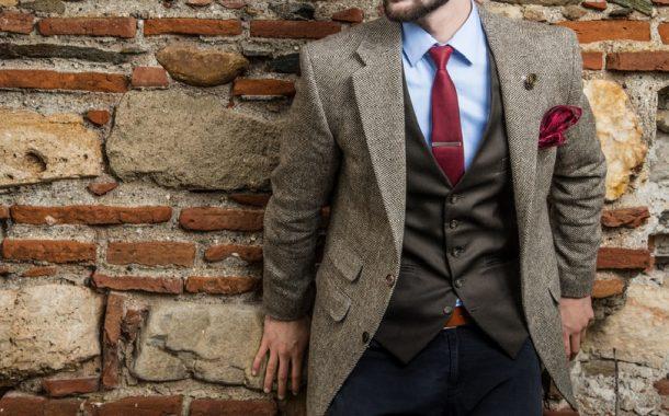 Egyszínű nyakkendők: a divatos megjelenés minden férfinak jár!